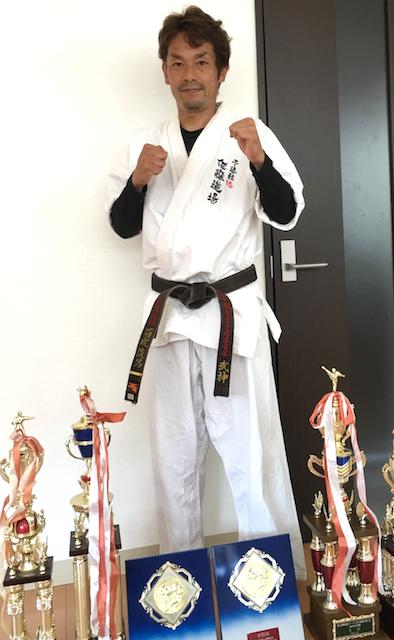 トレーニングスタッフ 百成 俊男